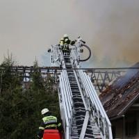 11-05-2016_Memmingen_Hart_Brand_Bauernhof_Feuerwehr_Poeppel_0014