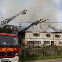 11-05-2016_Memmingen_Hart_Brand_Bauernhof_Feuerwehr_Poeppel_0066