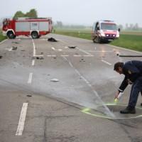 12-05-2016_Biberach_Berkheim_Erolzheim_Unfall_Feuerwehr_Poeppel_0034