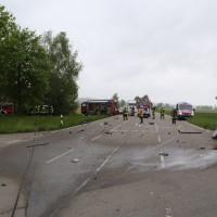 12-05-2016_Biberach_Berkheim_Erolzheim_Unfall_Feuerwehr_Poeppel_0059