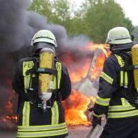14-05-2016_A7_Berkheim_Dettingen_Pkw-Brand_Feuerwehr_Poeppel_0011