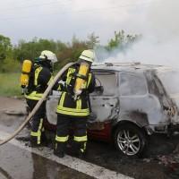 14-05-2016_A7_Berkheim_Dettingen_Pkw-Brand_Feuerwehr_Poeppel_0038