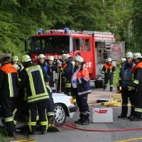 18-05-2016_Unterallgaeu_Reichau_Klosterbeuren_Unfall_Feuerwehr_Poeppel_0002