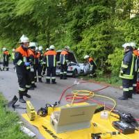 18-05-2016_Unterallgaeu_Reichau_Klosterbeuren_Unfall_Feuerwehr_Poeppel_0027
