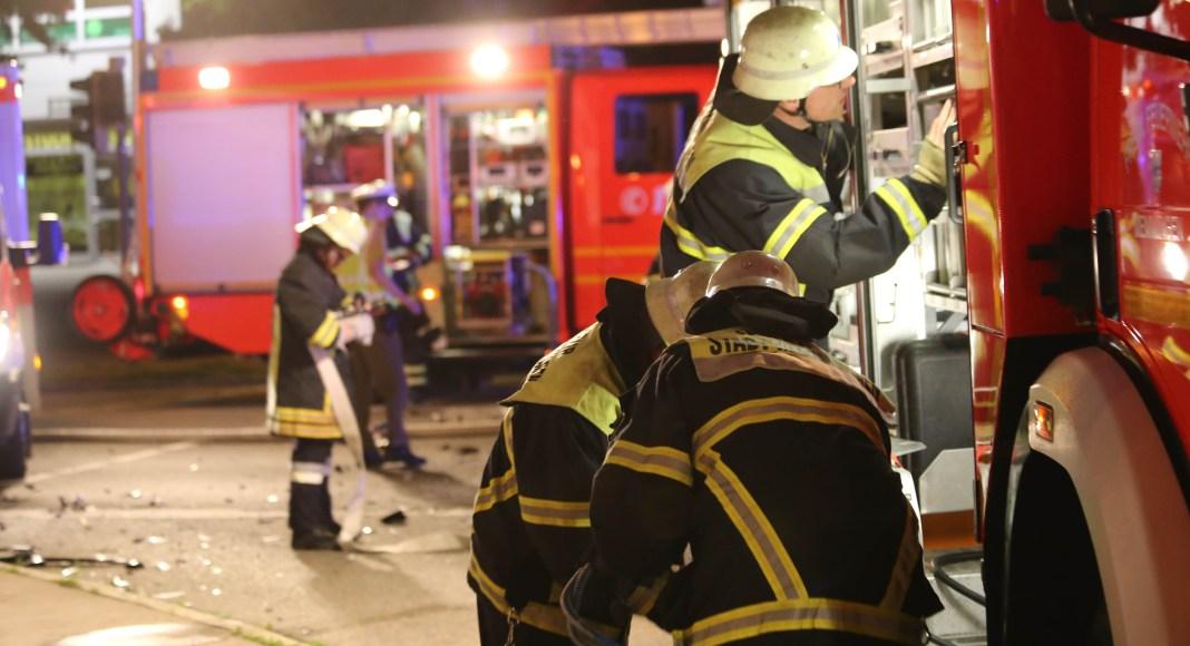 25-05-2016_Memmingen_Fraunhoferstrasse_Unfall_sechs-Verletzte_Feuerwehr_Poeppel_0013