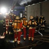 26-05-2016_Unterallgaeu_Bad-Woerishofen_Brand_Reisebus_Parkhaus_Feuerwehr_Poeppel_0052