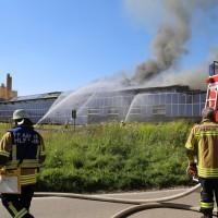08-08-2016_Ravensburg_Aichstetten_Brand_Buero-Lager_Feuerwehr Poeppel_0048