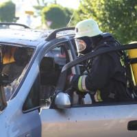 27-08-2016_BY_Unterallgaeu_Memmingerberg_Pkw-Brand_Feuerwehr_Poeppel_0006