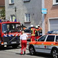 30-08-3016_BY_Unterallgaeu_Heimertingen_B300_MHD_Unfall_ELRD_Hausmauer_Feuerwenr_Poeppel_0003