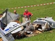 01-09-2016_Ravensburg_Leutkirch_Bettelhofen_Flugzeugabsturz_drei-Tote_Polizei_Feuerwehr_Poeppel_0053