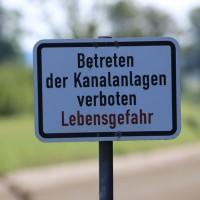 09-09-2016_Biberach_Unteropfingen_Illerkanal_Auto_Polizei_Poeppel_0010