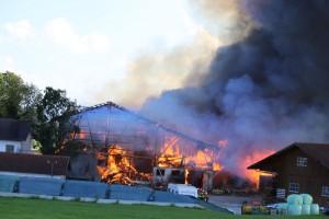 26-09-2016_Oberallgaeu_Altusried-Krugzell_Brand-Buernhof_Feuerwehr_Poeppel_0007