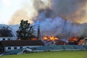 26-09-2016_Oberallgaeu_Altusried-Krugzell_Brand-Buernhof_Feuerwehr_Poeppel_0050