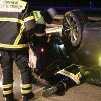 08-10-2016_A96_Memmingen_Aitrach_Unfall_Feuerwehr_Poeppel_0009
