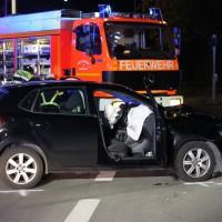 21-10-2016_Memmingen_Adenauerring_Grenzhofstrasse_Unfall_Feuerwehr_Poeppel_0014