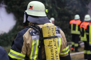 20161123_20161123_Unterallgaeu_Legau_Engelharz_Brand_Bauernhof_Feuerwehr_Poeppel_new-facts-eu_003