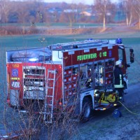 20161129_Biberach_Burgrieden_Bronnen_Frontalzusammenstoss_Feuerwehr_Poeppel_new-facts-eu_003