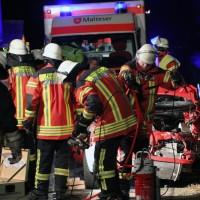 20161130_A7_Woringen_Unfall_Feuerwehr_Polizei_Poeppel_new-facts-eu_013