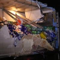 20161221_A96_Aitrach_Aichstetten_Lkw-Unfall_Ladung_Polizei_Poeppel_0012