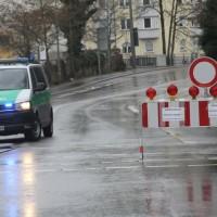 20161225_Augsburg_Fliegerbombe_Entschaerfung_Evakuierung_BRK_JUH_MHD_Polizei_Feuerwehr_THW_Tauber_Bruder_new-facts-eu_0033