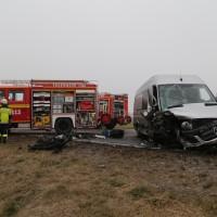 20170102_B12_Jengen_Unfall_Transporter_Pkw_Feuerwehr_Christoph40_dedinag_new-facts-eu_0005