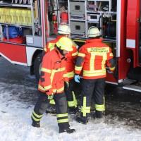 20170116_Ostallgaeu_Unterthingau_Unfall_schneeglaette_Feuerwehr_dedinag_00006