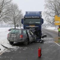 Unfall Frontal Biessenhofen tödlich LKW B16 Bringezu (8)