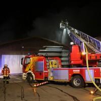 20170208_Unterallgaeu_Boehen_Brand_Lagerhalle_Feuerwehr_Poeppel_0049