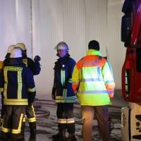 20170208_Unterallgaeu_Boehen_Brand_Lagerhalle_Feuerwehr_Poeppel_0079