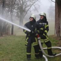 20170213_Unterallgaeu_Minelheim-Westernach_Brand_Gebaeude_Feuerwehr_Poeppel_0031