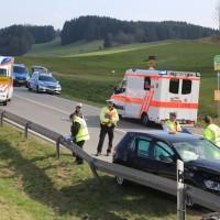20170328_B465_Bad-Wurzach_Leutkirch_Frontalzusammenstoss_Feuerwehr_Poeppel_0021