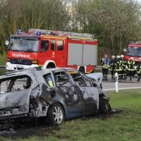 20170410_A96_Stetten_Pkw-Brand_Feuerwehr_Poeppel_0009