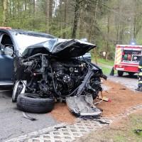 20170417_Biberach_Erolzheim_Edenbachen_toedlicher_Unfall_Feuerwehr_Poeppel_0004
