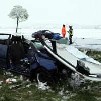 20170427_B12_Germaringen_Unfall_Frontal_Porsche_Skoda_Feuerwehr_Polizei_dedinag_00003
