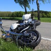 20170517_Biberach_Illerbachen_Motorradunfall_Feuerwehr_Poeppel_0011