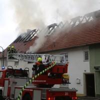 20170605_Neu-Ulm_Altenstadt_Brand_Wohnhaus_Reihenhaus_Feuerwehr_poeppel_0004