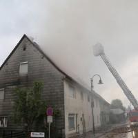 20170605_Neu-Ulm_Altenstadt_Brand_Wohnhaus_Reihenhaus_Feuerwehr_poeppel_0013