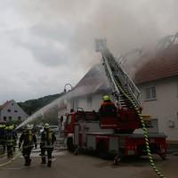 20170605_Neu-Ulm_Altenstadt_Brand_Wohnhaus_Reihenhaus_Feuerwehr_poeppel_0021