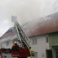20170605_Neu-Ulm_Altenstadt_Brand_Wohnhaus_Reihenhaus_Feuerwehr_poeppel_0022