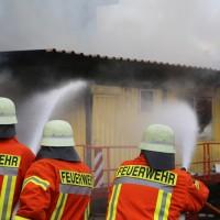 20170617_Ravensburg_Leutkirch_Brand_Lagerhalle_Feuerwehr_Poeppel_0019