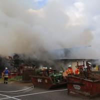 20170617_Ravensburg_Leutkirch_Brand_Lagerhalle_Feuerwehr_Poeppel_0028