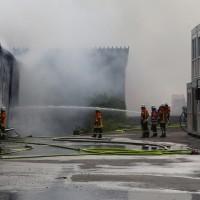 20170617_Ravensburg_Leutkirch_Brand_Lagerhalle_Feuerwehr_Poeppel_0042