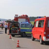 2017-07-19_B465_Leutkirch_Diepoldshofen_Unfall_DRK_Lkw_Feuerwehr_Poeppel-0001