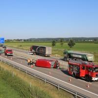 20170706_A96_Holzguenz_Erkheim_Unfall_Transporter_Vollsperrung_Feuerwehr_Poeppel_0020