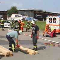 2017-08-02_B30_Oberessendorf_Lkw_Halle_Feuerwehr_Poeppel-0007