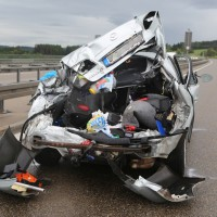 2017-08-31_A7_Allgaeu-Dreicck_O_Unfall_Wohnwagen_Feuerwehr_Poeppel-0011