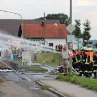 20170817_Unterallgaeu_B16_Hausen_Salgen_Lkw-Heuballen-Brand_Feuerwehr_Poeppel-0017
