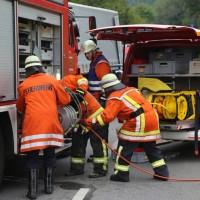 2017-09-06_B32_Geiselharz_Altkarbach_Kombi_Lkw_toedlich_Feuerwehr_Poeppel-0013