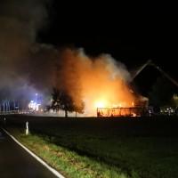 2017-09-18_Aitrach_Chausee_Brand_Feuerwehr_Poeppel_0052