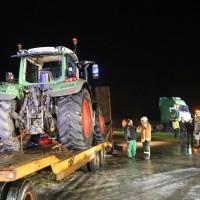 2017-10-06_Biberach_Ellwangen_Unfall_Lkw_Traktor_Feuerwehr_Poeppel_0005